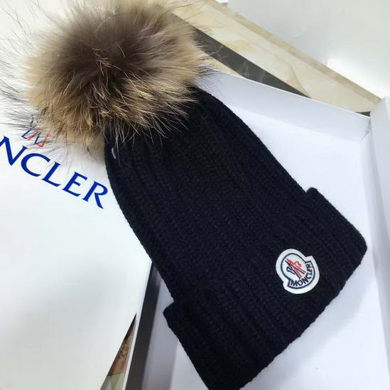 Moncler Cap & Scarve Set Model: 20161221037