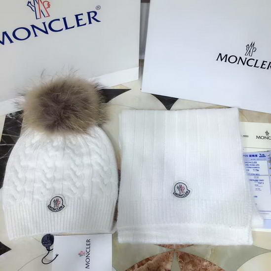 Moncler Cap & Scarve Set Model: 20161221076