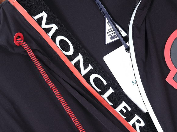 Moncler Wind Jacket Mens ID:202003b572
