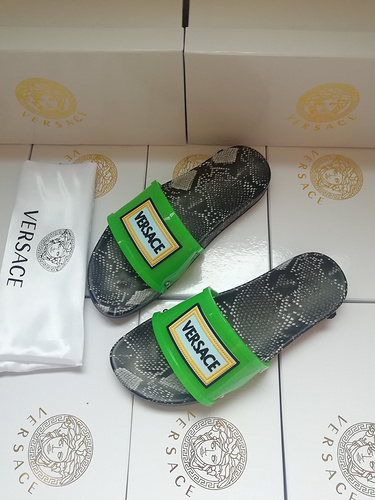 Mixed Brand Slippers Unisex ID:202004a86