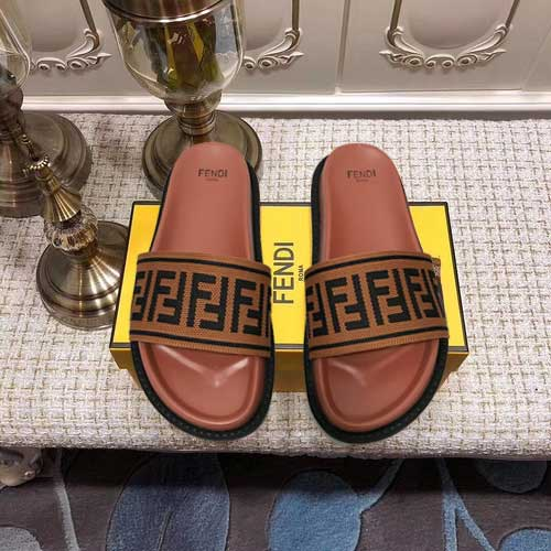 Mixed Brand Slippers Unisex ID:202004a132