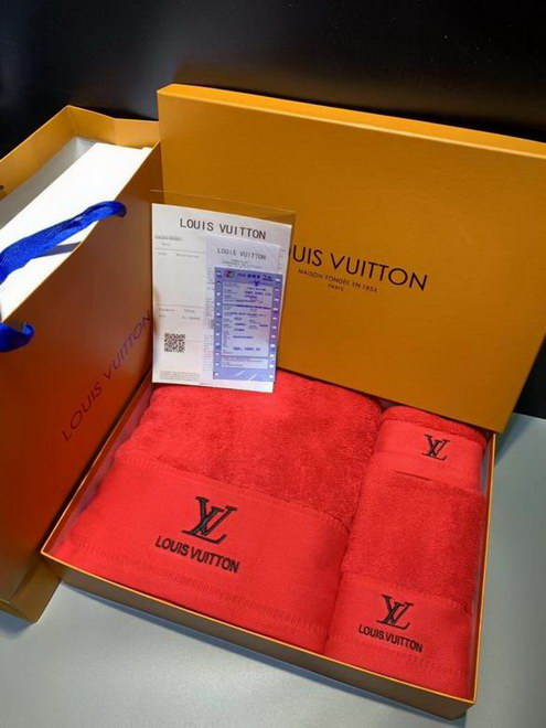 Louis Vuitton Towel Set ID:202007b84