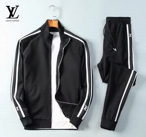Louis Vuitton Tracksuit Mens ID:202011b171