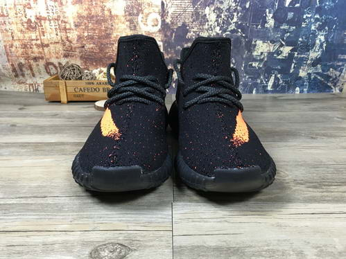 Adidas Yeezy 350 Boost v2 Unisex Model: MD1640