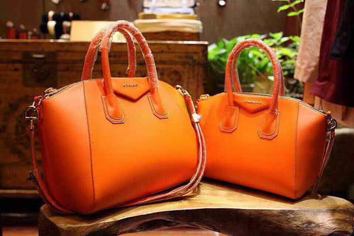 Givenchy E5603018 Orange Bag