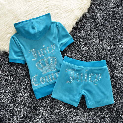 Juicy Couture Tracksuit Wmns Model: 2016120911